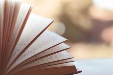 3 Must Read Books on Perimenopause